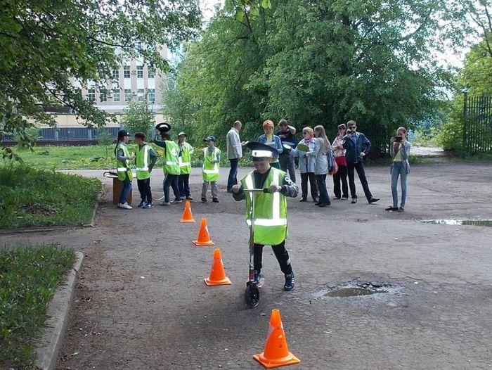 Игровая программа «Дорожный лабиринт по Светофорску»